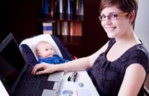 Nebenjob für Mütter am PC
